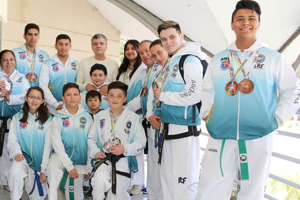 Taekwondo - Actividades Polideportivo - Municipalidad de Hurlingham